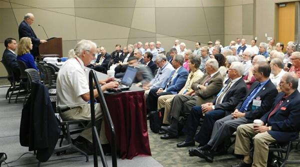aps-general-membership-meeting-stampshow-2015
