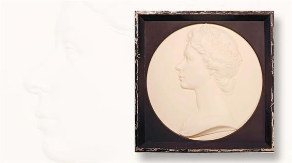 arnold-machin-1966-queen-elizabeth-portrait