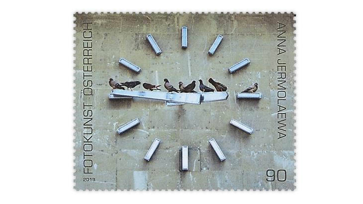 austria-2019-pigeons-clock-stamp-italian-academy-philately-postal-history-award