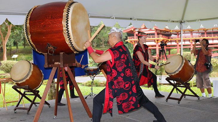 byodo-in-taiko-drums
