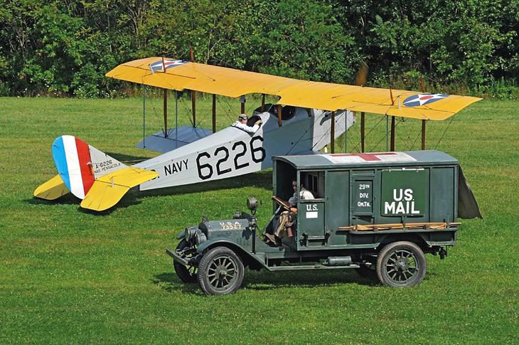 curtiss-jenny-biplane-old-rhinebeck-aerodrome-mail-truck