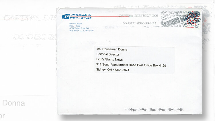 holiday-greetings-card-envelope