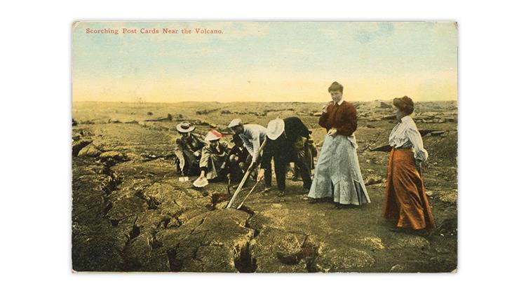 kilauea-crater-hawaii-hot-lava-cracks-1912-postcard