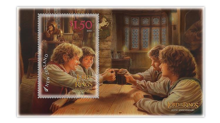 new-zealand-2021-lord-rings-hobbits-prancing-pony-aragorn-souvenir-sheet