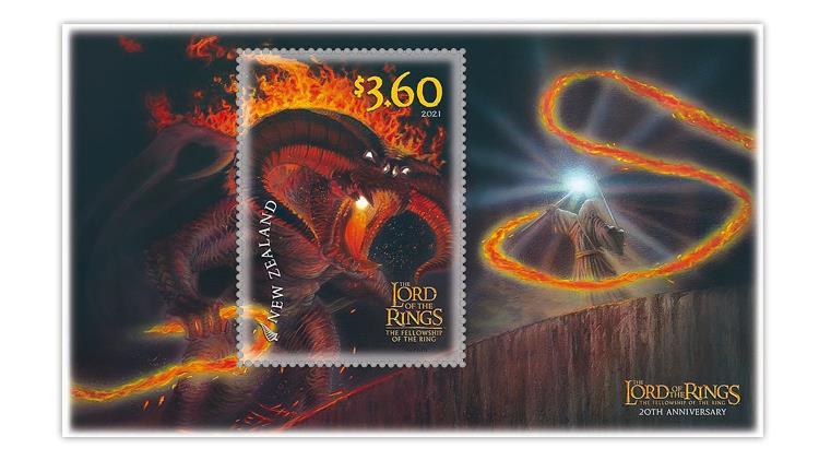 new-zealand-2021-lord-rings-khazad-dum-bridge-gandalf-balrog-souvenir-sheet