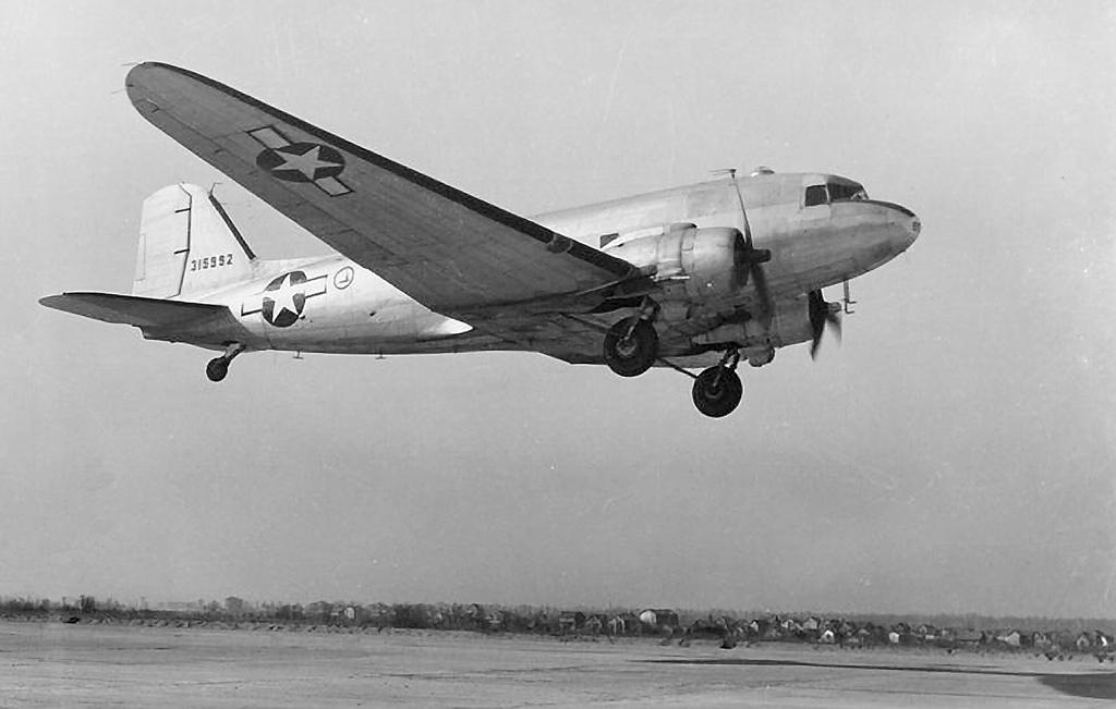 pan-american-airways-africa-douglas-dc-3-airplane