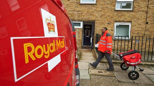 royal-mail-truck-uk