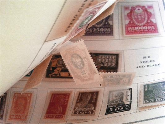 stamp-collecting-basics-single-side-album-pages-interleaves-avoid-damage