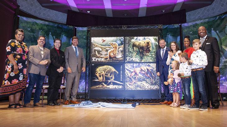t-rex-ceremony-unveiling