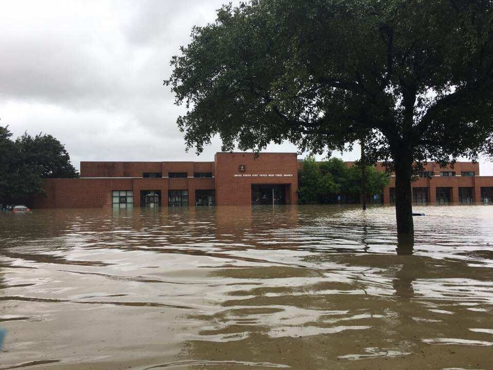 texas-post-office-flood-front
