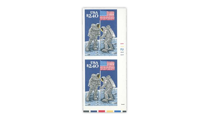 united-states-1989-moon-landing-imperforate-vertical-pair