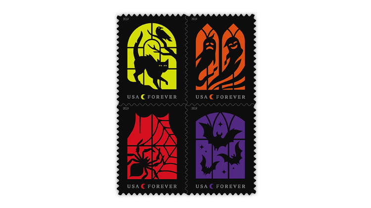 united-states-2019-spooky-scenes-stamps